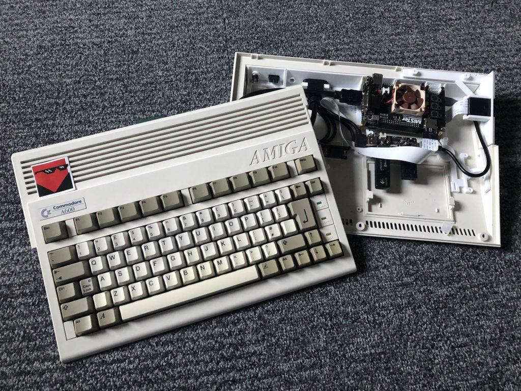 MiSTer FPGA dans un Amiga 600